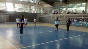 RAP da Saúde e alunos da Academia Carioca praticando esporte