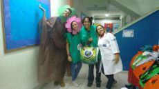 RAP da Saúde e profissinal acolhedor em atividade educativa